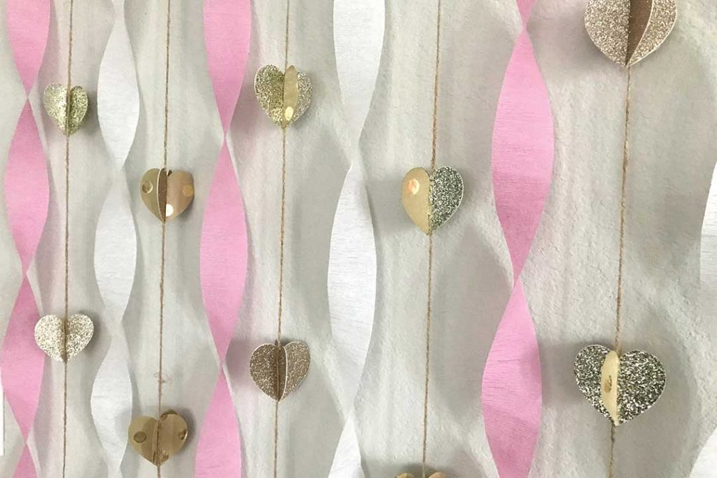 heart garland with pink and white streamers